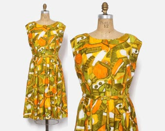 Vintage 60s Polynesian DRESS / 1960s Abstract Tropical Print Cotton Sun Dress M