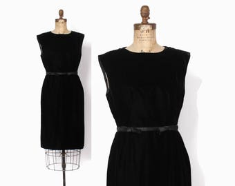 Vintage 60s Cocktail DRESS / 1960s Suzy Perette Chic Velvet Little Black Dress M