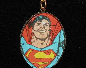 DC Superman Super Hero Comic Book Pendant Necklace Supergirl Man of Steel