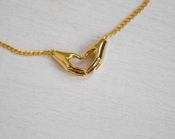 I heart you -necklace (minimal 16k gold plated minimal everyday charm neckpiece)