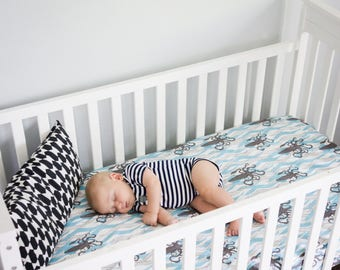 Nautical crib sheet, organic, SQUID & SEAWEED, ocean crib bedding, blue crib sheet, changing pad cover, modern baby bedding