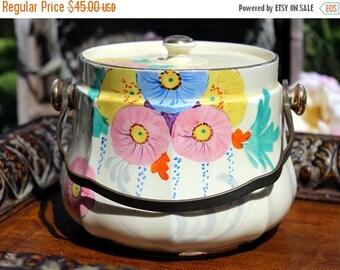 ON SALE Sadler Biscuit or Cookie Jar or Barrel - Hand Painted Canister 10366