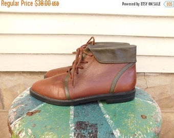 Birthday Sale Vintage Two Tone Leather Ankle Boots By Sporto Size 6.5 Women's