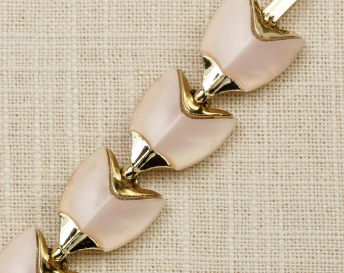 Pink Vintage Bracelet Gold Chain Costume Jewelry 16S