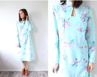 40% OFF CHRISTMAS in JULY Vintage retro light boho blue 70's dress // mod floral dress // modest dress // long sleeve dress // light blue //
