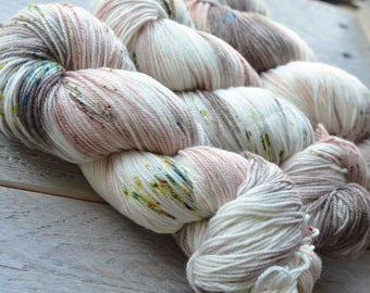 Hand Dyed Superwash Merino Wool and Nylon yarn - Fingering sock weight - Hot Toddy