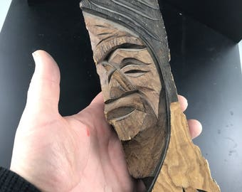 First Nations Wood Carving  |  Wanik Canada 1981  | Northwest Coast Indian Art | man feather |  Aboriginal bark carving No.197