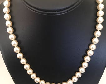 Lovely Single Creamy Glossy Individually Tied Pearl Strand With Silver Tone Clasp