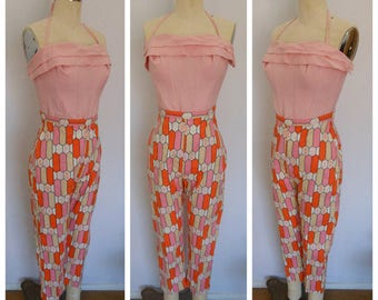 1950s 50s 60s Vintage Space Age ATOMIC Vibrant Pink Orange Cream Slim Fit Cigarette Cotton High Waist Pants Crazy Print S M