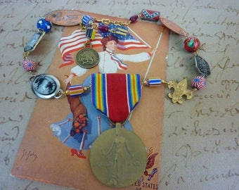 PATRIOTIC vintage  assemblage antique USA necklace
