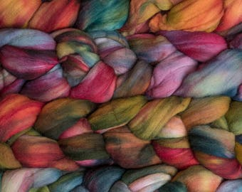 Hand Dyed Roving Merino Wool Tops Spinning Fiber Felting Wool Hand Painted 113g Fleece Rainbow Purple Blue Pink Green Red Sari Malabrigo