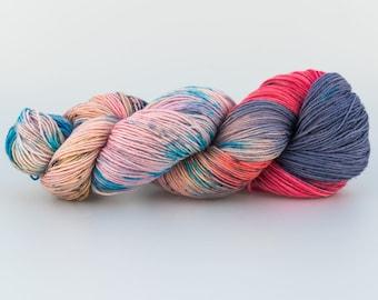 Laine Tricotcolor fil tricot crochet fourniture créative couleurs handdyedwool tricotcolor wool knit teinture mérinos tissage