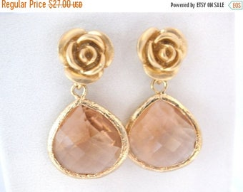 SALE Peach Earrings, Champagne Earrings, Glass Earrings, Beige, Rose Earrings, Flower, Gold Earrings, Bridesmaid Earrings, Bridesmaid Gifts