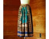 vintage paisley print rayon skirt / size small