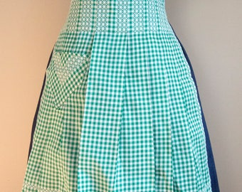 50s Green and White Gingham Embroidered Half Apron