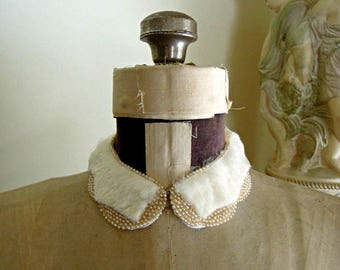 Vintage 1950 Delco Hand Beaded Collar / Faux Fur / Made in Japan / Ivory White