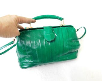 Vintage eel skin satchel style /shoulder handbag, stunning kelly green genuine eel skin purse