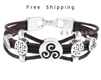Triskel bracelet, Triskele leather bracelet, Celtic, Men's jewelry, Women's cuff, Spanish leather, Antiqued silver color,