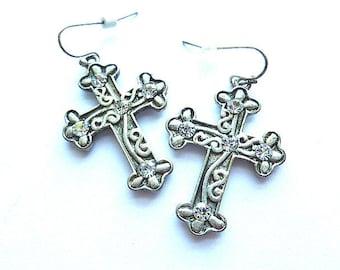 PEWTERTONE Rhinestone Cross EARRINGS, Vintage Fleur di Lis  Cross Earrings, Fancy Cross Wedding Earrings, Pierced Ear Cross Earrings