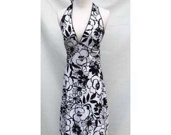 Vintage Women's Black and White Floral Print Summer Halter Dress Size 6