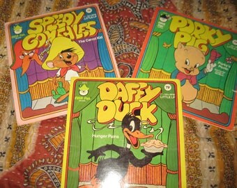 Vintage Looney Toons Records - Porky Pig, Daffy Duck, Speedy Gonzales Records by Peter Pan