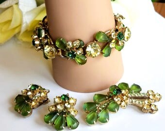 Juliana Bracelet, Brooch and Earrings Set D and E Parure Yellow Jonquil Peridot Green Rhinestones Jewelry Set, Vintage DeLizza and Elster