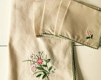 Tablecloth, Napkins, Vintage  Linens, Pink Floral Pattern, Tablecloth and Four Napkins
