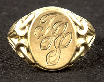 Large Antique Victorian 15K Yellow Gold Signet Ring size 7.5
