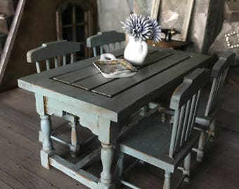 dollhouse farmhouse style distressed table and chairs 1 :12 scale