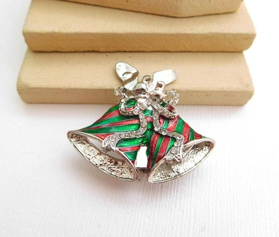 Retro Red Green Enamel Rhinestone Silver Christmas Bells Holiday Brooch Pin TT14