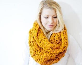 FLASH SALE The CALGARY scarf - Chunky Cowl Scarf Hood Neckwarmer - butterscotch/mustard - wool blend