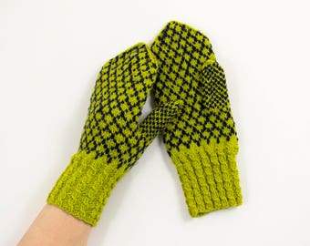 Knitted Wool Mittens - Green and Black, Size Medium