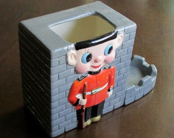 Queen's Guard Planter Vintage Ceramic Tower Wall British Royalty Desk Tidy