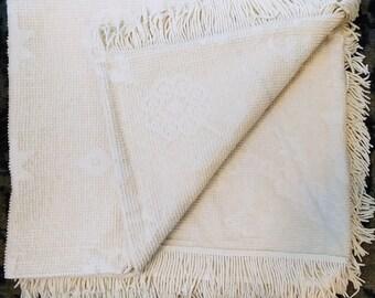 """vintage """"Cambridge"""" bedspread"""