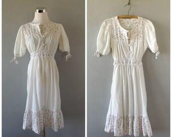 floral hippie sundress - vintage 70s white small flower print sheer dress - size m/l medium large - bohemian summer sun dress - 1970s boho