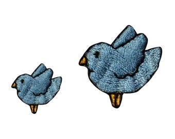ID 0521AB Set of 2 Mama and Baby Blue Bird Patches Embroidered Iron On Applique