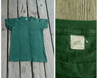 20% OFF / Through the Trees 1960s Men's Fruit of the Loom Dark Green Short Sleeve Cotton Pocket T-Shirt