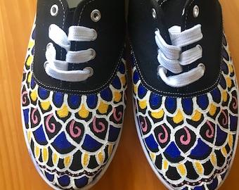 Womens Size 10 Mandala Pattern Sneakers