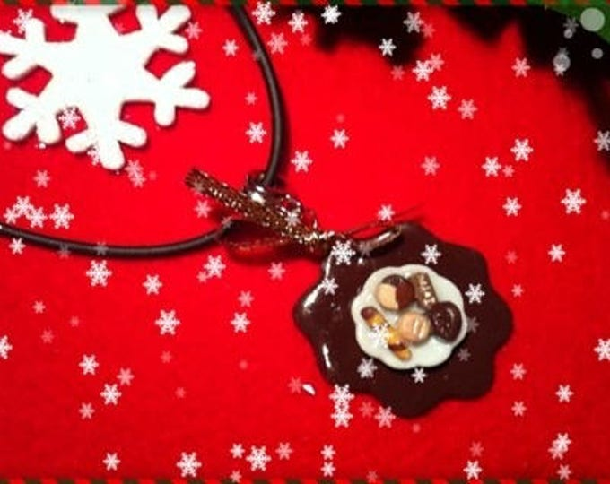 Chocolate Christmas ref 209 plate pendant necklace