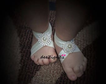 Baby Barefoot Sandals, Ivory, Rhinestone, Baby Shoes, Baptism Shoes, Wedding, Christening Shoes, Pearls ans rhinestones, Sparkle, Fancy Shoe