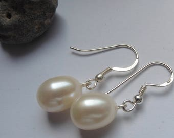 Pearl Bridal jewelry wedding jewelry White Pearl Earrings Pearl Earrings