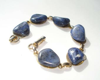 Vintage Blue Polished Stone Bracelet - Chunky Link Jewellery - 1970s