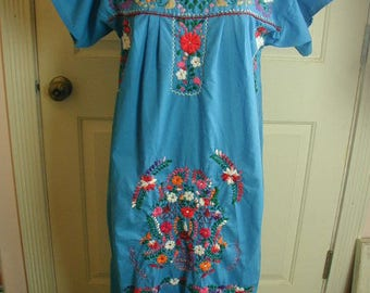 Vintage, Hand Made, Cotton Dress, Festival Dress, Mexican Wedding Dress, Tons of Embroidery, Cotton Fabric,