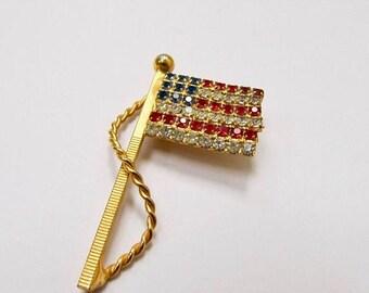 ON SALE Vintage Prong Set Rhinestone American Flag Pin Item K # 2904