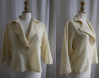 Vintage off-white blouse, long sleeves, wool