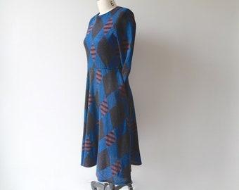 1970s Black Diamonds Jewel Tone Sweater Dress / Vintage 70s Graphic Blacks Knit Dress