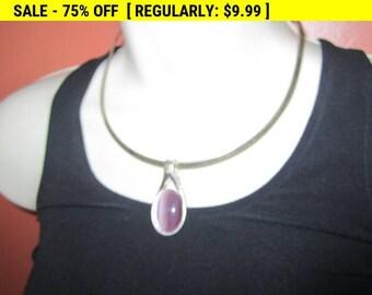 Vintage silvertone collar necklace with pendant