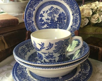 English Ironstone Blue Willow 6 Piece Set made in England Blue Transferware English Transferware