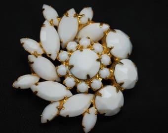 White Milk Glass Flower Brooch - Atomic - Snow flake Pin - Juliana style