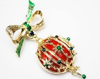 Christmas Ornament Brooch - Holiday pin - Redball - Gold bow dangle pin